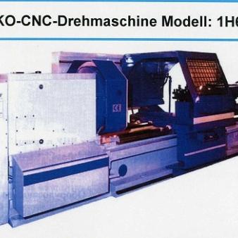 STANKO-CNC-Drehmaschine Modell: 1H65F3