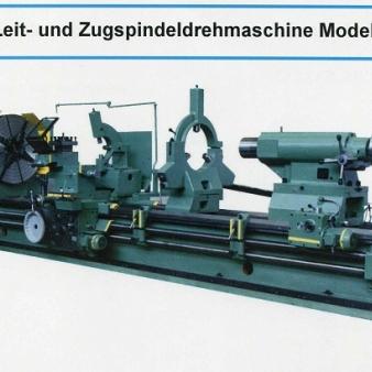STANKO-Leit- und Zugspindeldrehmaschine Modell: PT117