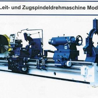 STANKO-Leit- und Zugspindeldrehmaschine Modell: PT817